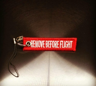 Подвеска REMOVE BEFORE FLIGHT